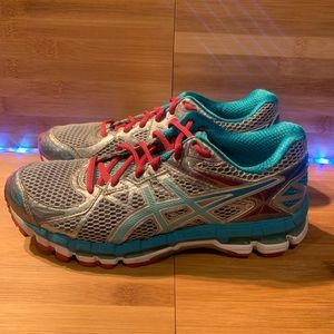 Woman's ASICS running shoes size 8
